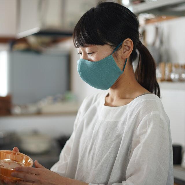 【白群(びゃくぐん)/立体マスク】リネンマスク 夏マスク 2重仕様 先染めリネン100% 抗菌 防臭 速乾/z021e-byg2の画像1枚目