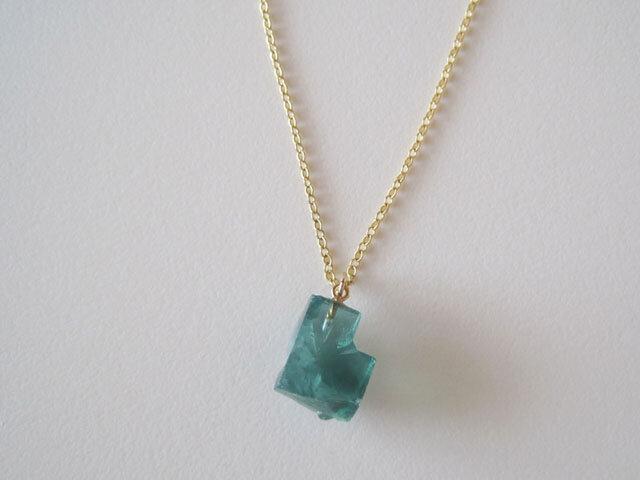 ロジャリーフローライト原石のネックレス/蛍石/England Rogerly Mine 14kgf の画像1枚目