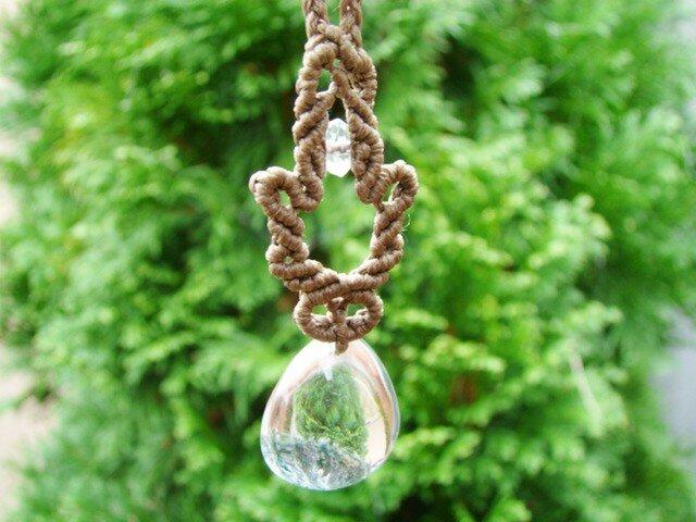 ガーデンクォーツのマクラメ編みネックレスの画像1枚目