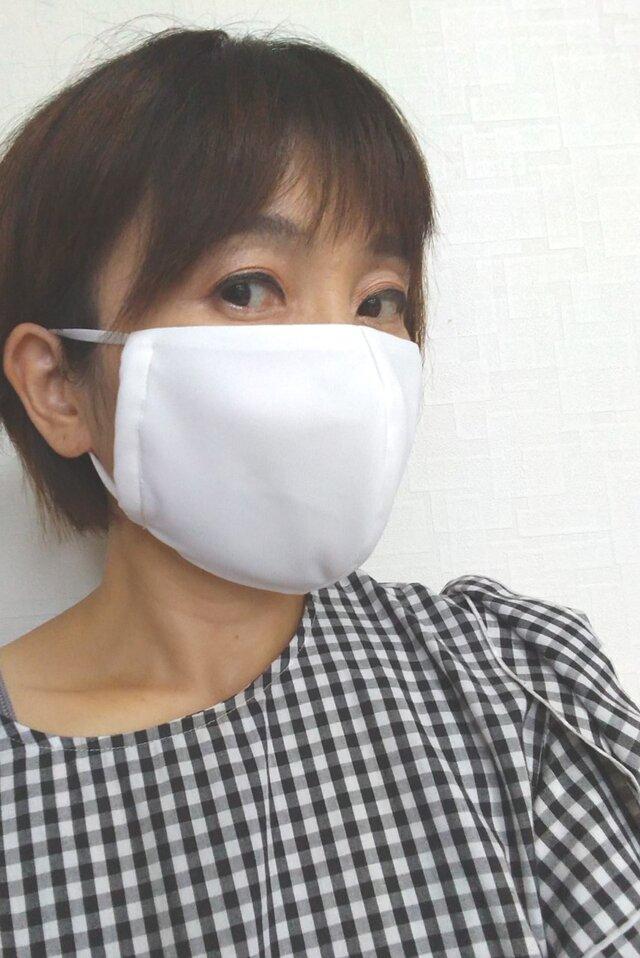 【即日発送可能】呼吸する快適夏マスク(女性用ホワイト)の画像1枚目