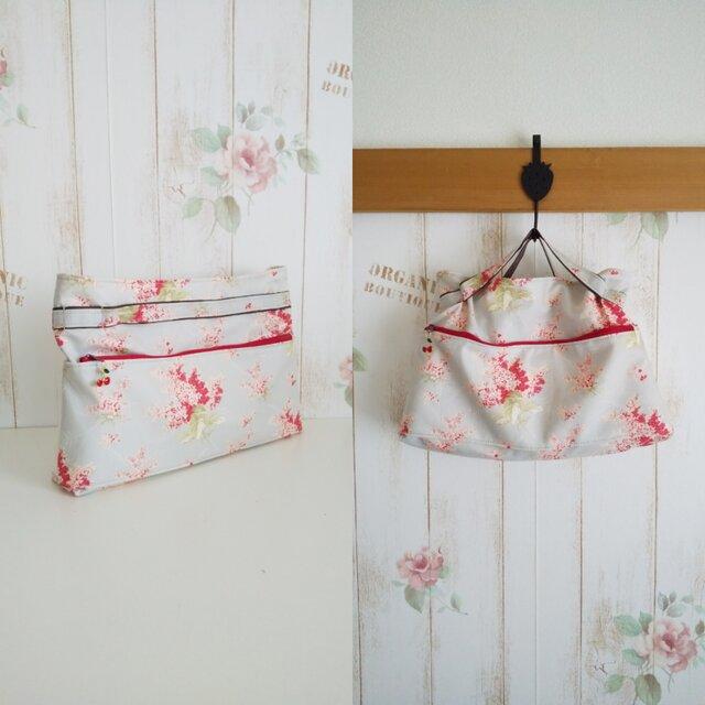 moda 赤小花柄 バッグインバッグの画像1枚目
