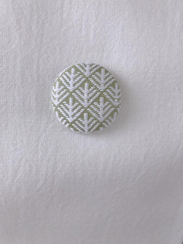 こぎん刺しの帯留め〈松笠〉3.8cmの画像1枚目