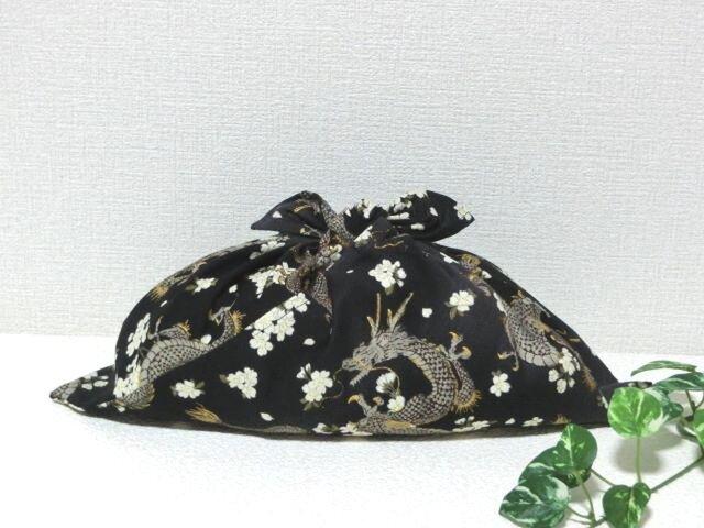 あずま袋 コンビニのお買物に良いサイズ 黒色龍柄 バッグの中見え防止にもの画像1枚目