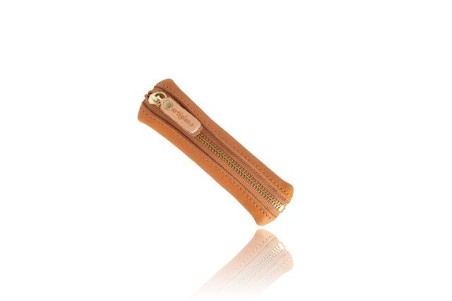 スティック型 コインケース はんこ入れ 小銭入れ 姫路産シュリンクレザー キャメル apo-15hnsの画像1枚目