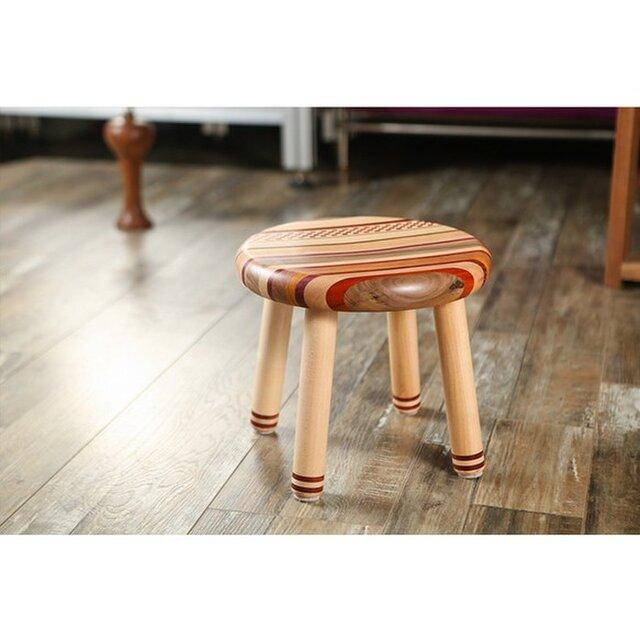 受注生産 職人手作り スツール 椅子 寄木 家具 天然木 無垢材 木目 木工 手仕事 ウォールナット エコ LR2018の画像1枚目