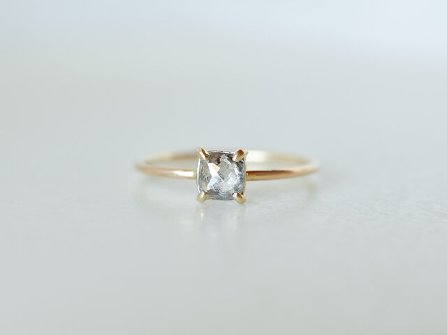 Stella Square Diamond Prong Ringの画像1枚目