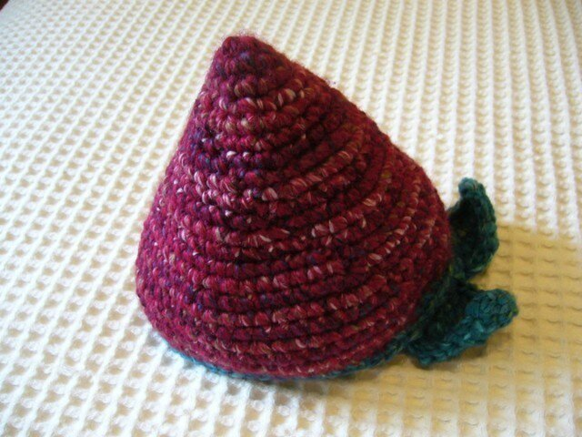 フルーツ帽(イチゴ)の画像1枚目