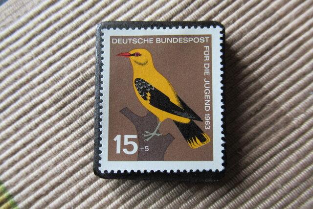 ドイツ  鳥 切手ブローチ6427の画像1枚目