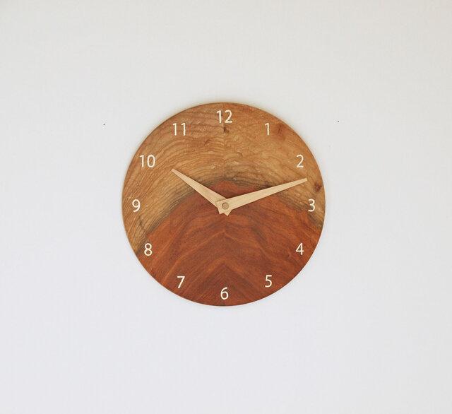 木製 掛け時計 丸型 ケヤキ材50の画像1枚目