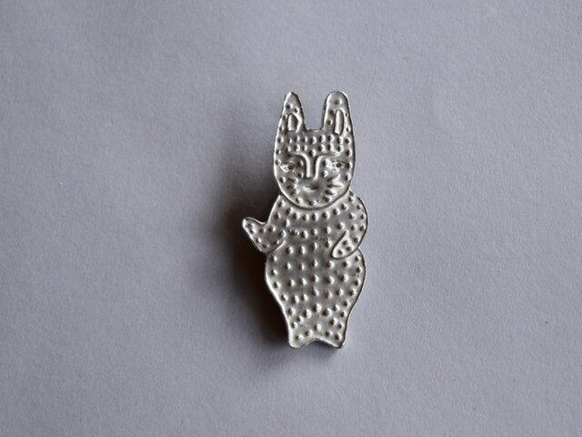 ブローチ (銀彩)ウサギ-3の画像1枚目