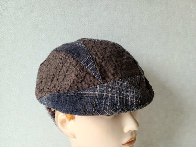 魅せる帽子☆輝くハギレ達♪絵描きさん風ベレー~ブラウン&チェックの画像1枚目