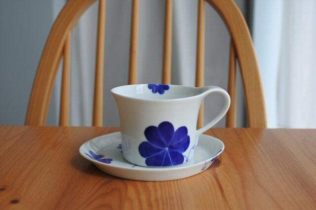 幸せの青いクローバー カップ&ソーサーの画像1枚目