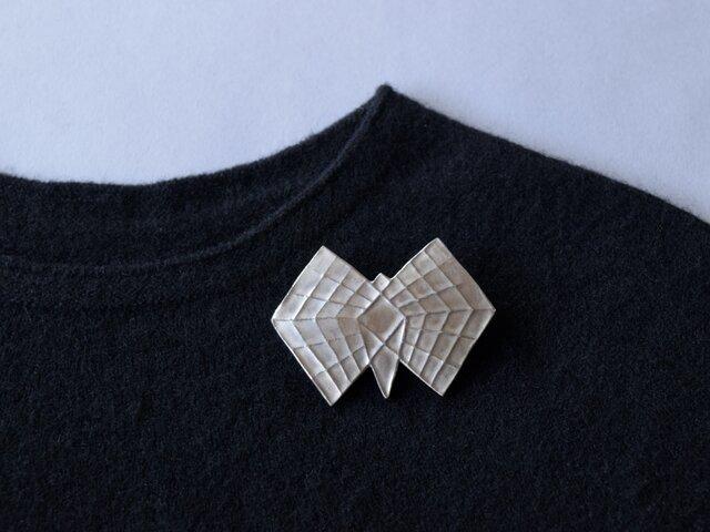 ブローチ(銀彩) 蝶-4の画像1枚目