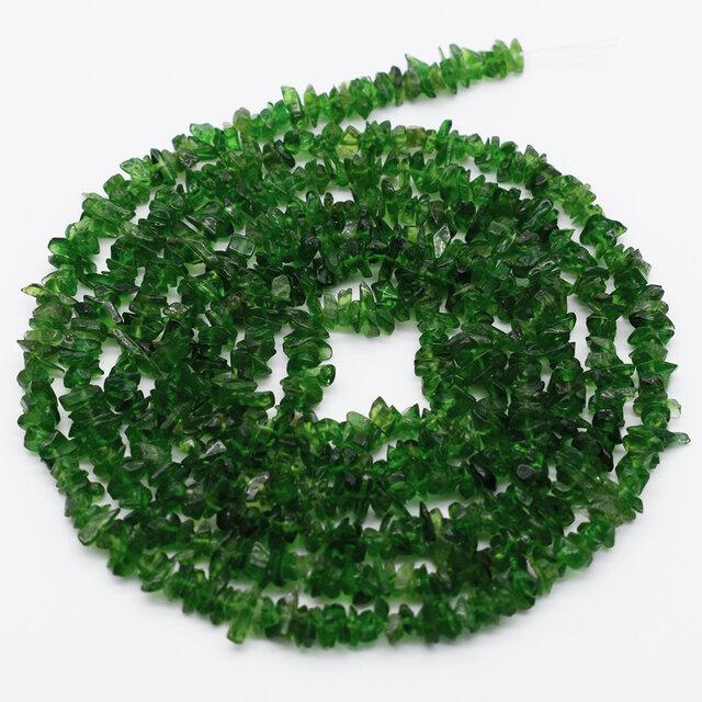 連40cm クロムダイオプサイト 細石 大容量 透輝石 3~7mm グリーン系 天然石 カラーストーンの画像1枚目