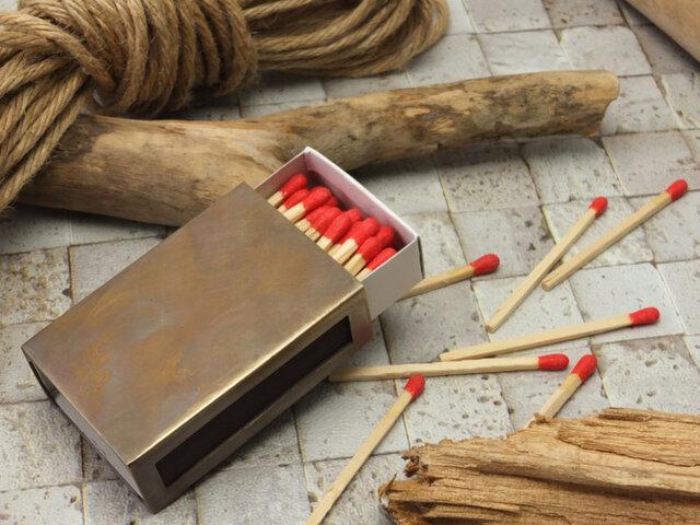 MatchboxCoverBsAge  アンティーク調真鍮製マッチ箱ケースの画像1枚目