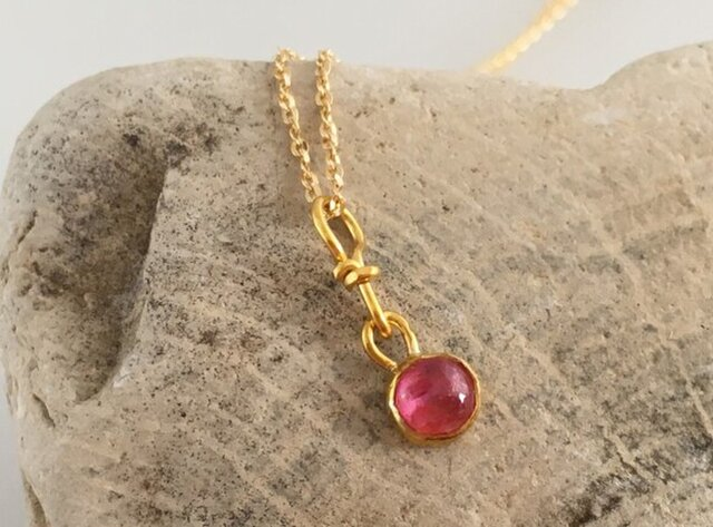 K24 Pure Gold+Hot Pink Spinel◆純金 ピンクスピネルペンダントトップの画像1枚目