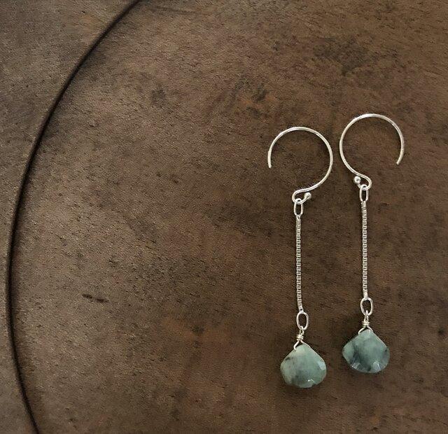 【限定1点】emerald*silver*pierceの画像1枚目
