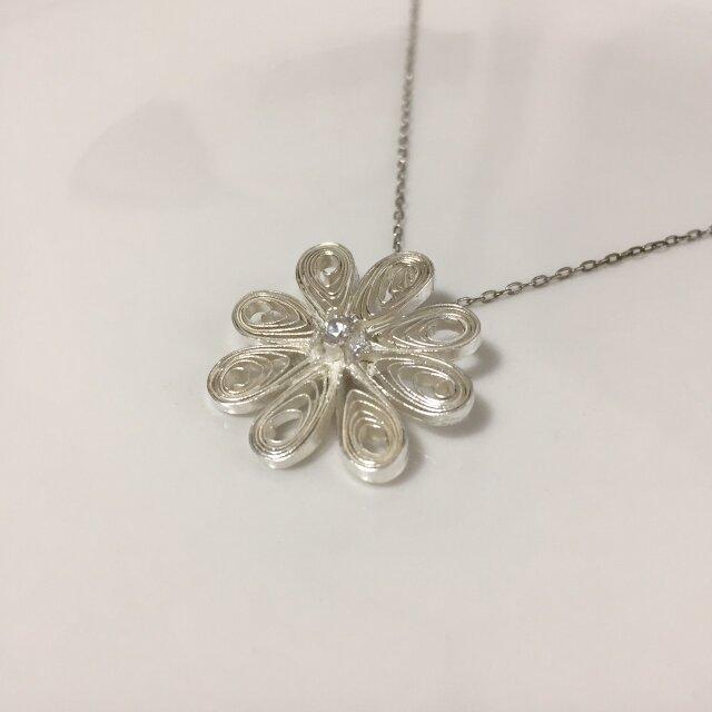SALE= flower - silver necklaceの画像1枚目