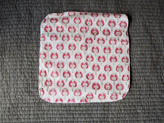 ハンドブロックプリント タオルハンカチ ピンクの画像1枚目
