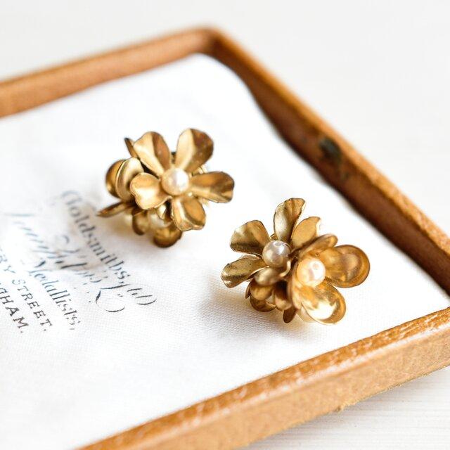 【チタンピアス】ヴィンテージ 真鍮の花束・小の画像1枚目