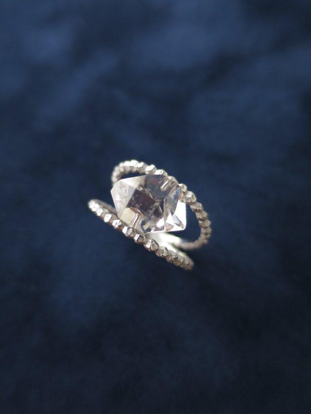 SV ハーキマークォーツの指環の画像1枚目
