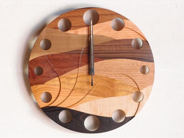 無垢の木の電波掛け時計 ウェーブ 0019の画像1枚目