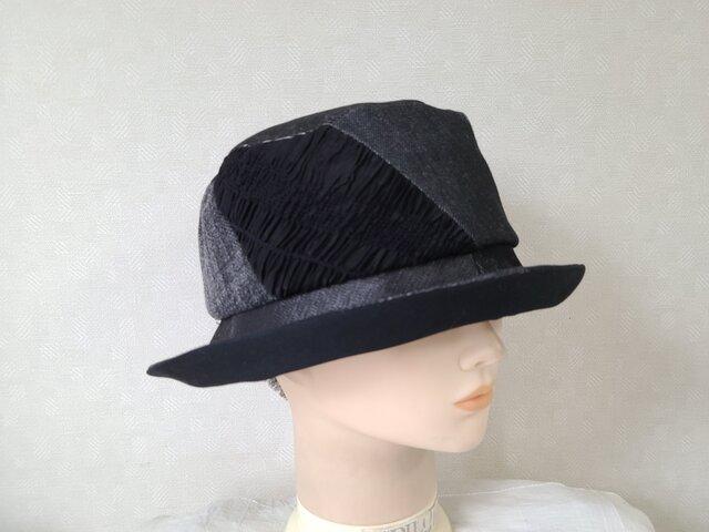 魅せる帽子☆ブラックデニムと異素材のデザインハット~ブラックの画像1枚目