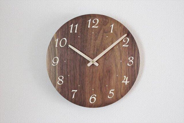 ブラックウォールナットで作った掛け時計 直径30㎝ 受注制作の画像1枚目