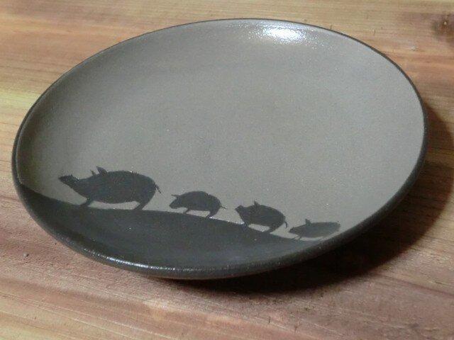 ブタのお皿の画像1枚目