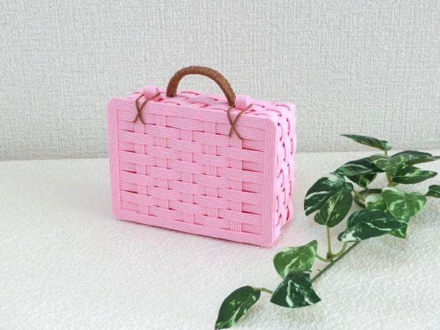 クラフトカゴ トランク型 旅行鞄 可愛い小物入れ ピンク色の画像1枚目
