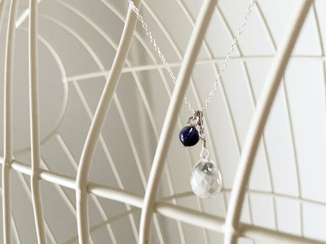 【4月&9月誕生石】アイオライト&水晶・ネックレス(SV925)の画像1枚目