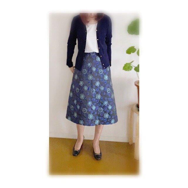 イタリー製ジャカードAラインスカートの画像1枚目