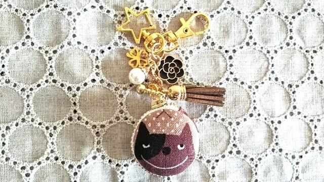 ネコちゃん好きマカロンポーチ&キーホルダーの画像1枚目