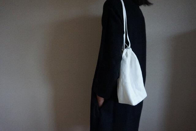 petit sac / whiteの画像1枚目