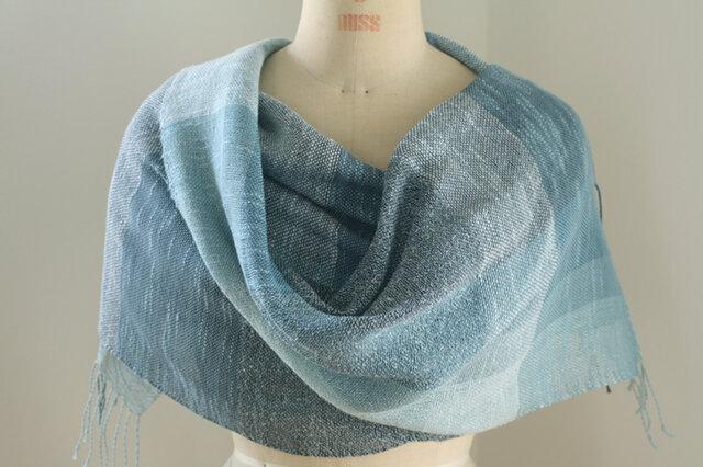 手織り ブルーの綿麻ストールの画像1枚目