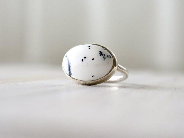 不思議の国の玉子デンドリックオパール ringの画像1枚目