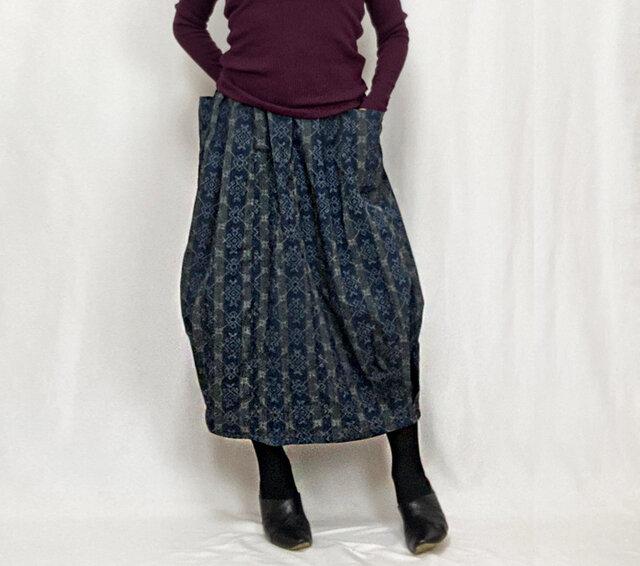きものリメイクのロングスカート、バルーンスカート、ちりめんストライプの画像1枚目
