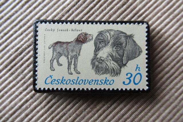 チェコスロバキア 犬切手ブローチ6618の画像1枚目