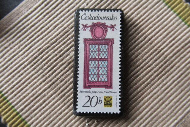 チェコスロバキア 窓切手ブローチ6622の画像1枚目