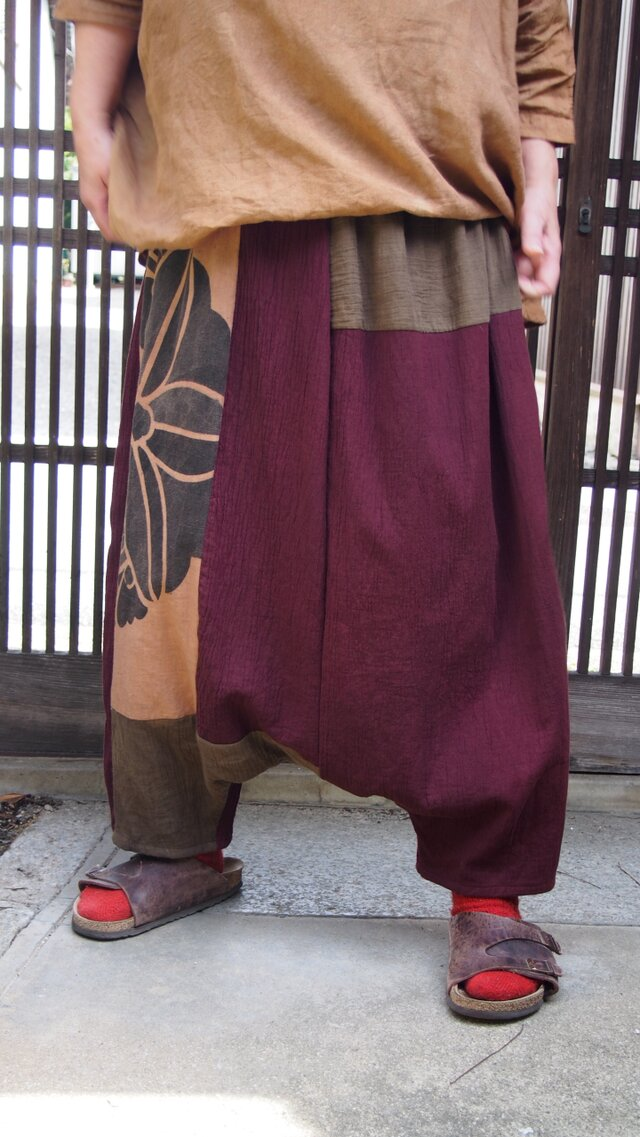 色で着こなす秋のサルエルパンツ☆のぼり端や染め布でおとなのおしゃれパンツ♪の画像1枚目