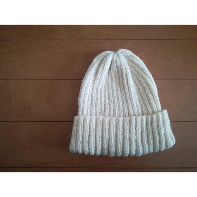 白の帽子の画像1枚目