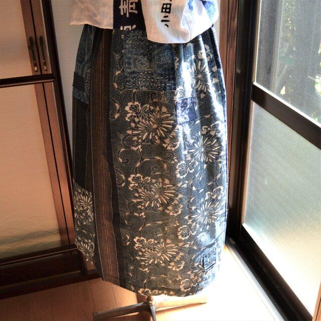 木綿 藍色 型染etc.古布からギャザースカート J-41の画像1枚目