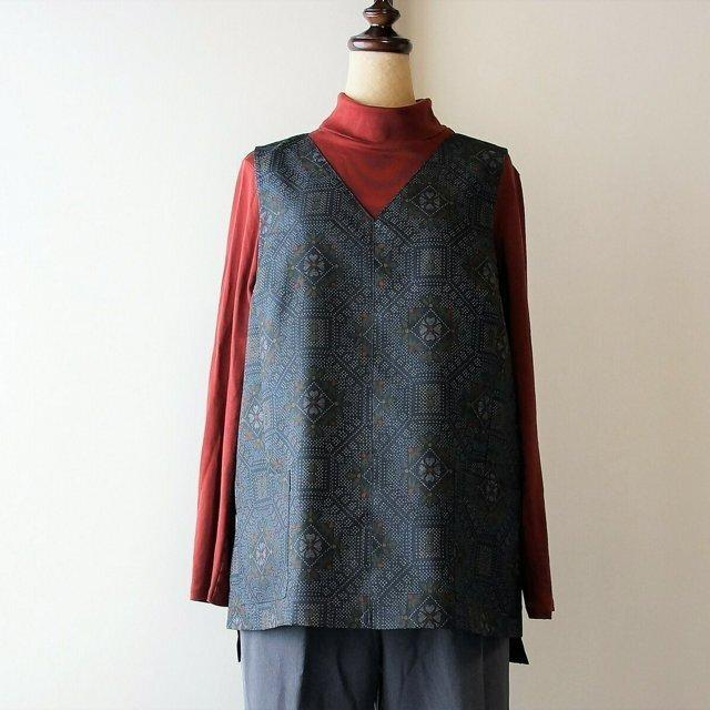 着物リメイク 紬の脇スリット入りベストの画像1枚目