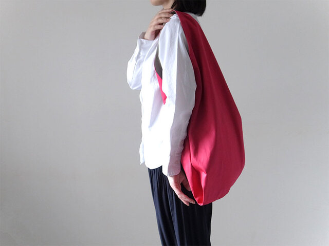 Bicolor Cloth Bag (ローズピンク):カレン クオイルの画像1枚目