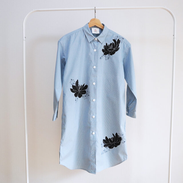 ロングシャツ ギンガムチェック水色 <黒牡丹>の画像1枚目