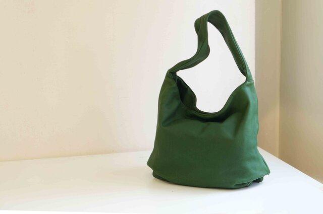 しっとり質感本革製品後染めLUAショルダー(LA001)#greenの画像1枚目