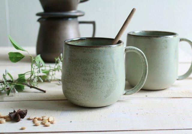 マグカップ 丸底 (L) 淡いグリーンマット系  陶器の画像1枚目