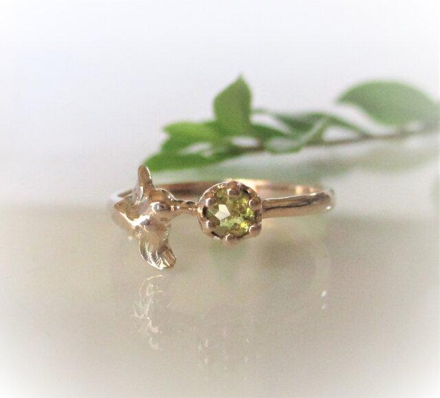 天然ダイヤとハチドリの指輪(K10)の画像1枚目