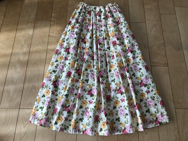 【SALE】ピンク・黄色バラ柄スカート(クリーム)の画像1枚目