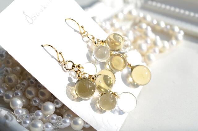 Champagne Gold ballアシンメトリーピアス&イヤリングの画像1枚目